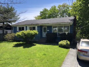 COMING SOON!! Bungalow in Woodlawn