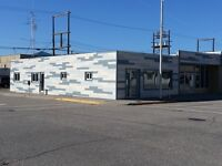Like New Commercial Space with potential Living Quarters (VERNON