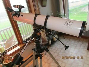 *TELESCOPE* LMDA D=114mm F=900mm