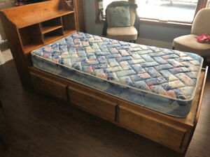 Captain's Bed