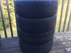 Four 185/60R15 Winter Tires Excellent Tread