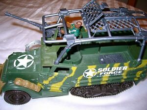Ensemble Camion/jeep Soldier Force avec figurines 13$
