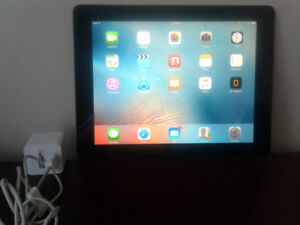 I Pad 2    32 gb ... bon condition