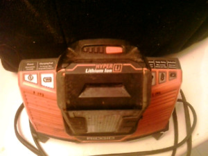 RIGID HYPER 9.6-18V  LITHIUM ION BATTERY CHARGER AND BATTERY