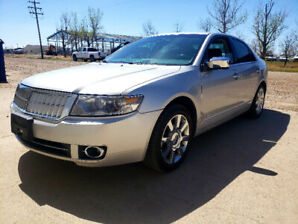 2007 Lincoln MKZ - AWD with Low kms and in excellent condition.