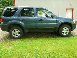 2005 Ford Escape XLS SUV, Crossover, 2.3Ltr, 4Cilinder