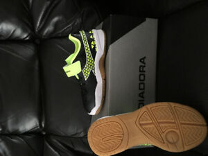 Little Kids Size 10 Diadora Indoor Soccer Shoes