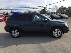 2008 JEEP COMPASS SPORT * 4WD * POWER GROUP * EXTRA CLEAN London Ontario image 7