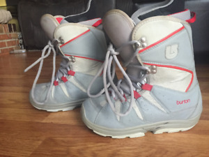 Burton Moto Sz 7 Snowboard Boots Great Condition