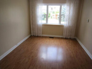 Affordable room: Free parking, laundry, close to University