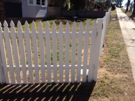 Wanted Fence posts, rails or pickets for 90 cm cottage fence Armidale Armidale 2350 Armidale City Preview