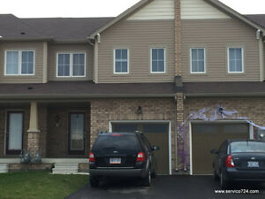 Spectacular!!! 3BR Wyndfield Townhome in West Brant