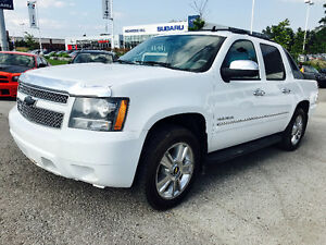2010 CHEVROLET AVALANCH Z71, 4X4,NAVI,REAR VIEW, MINT CONDITION!