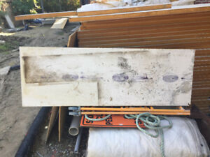 "Styrofoam panels 2"" perfect for under concrete slabs 2'x5'"