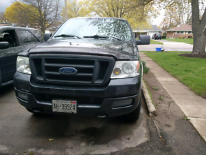2005 ford f150 AS IS. great buy if you need parts !