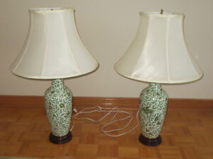 2 Gold Platted Hand Painted Hungarian Table Lamps West Island Greater Montréal image 1