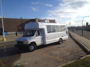 2001 camperized mini bus / partybus $6000