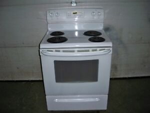 NEWER CROSLEY WHITE STOVE LIKE NEW GREAT SHAPE
