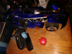 Large rc car $10 obo