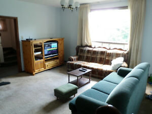 Hillcrest Park 4 rooms May 1st Fully Furnished All INCLUSIVE