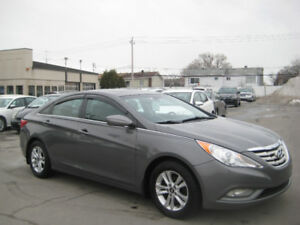 Hyundai Sonata 2012 Automatique 4 Cyl Toit Ouvrant Finance 6995$