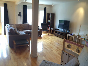 4 1/2 (2 bedroom) Plateau Condo. Available now!