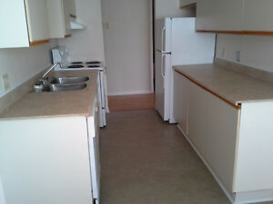 2 Bedroom 2 Bathrooms Greenfields Drive