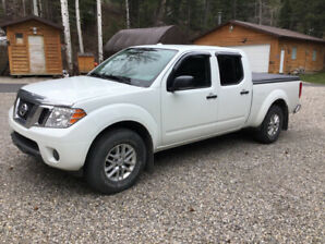 For sale Nissan Frontier crewcab 4x4