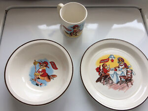 Chimo plate, bowl and cup