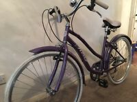 Ladies vintage style bike with gears only used 3-4 times