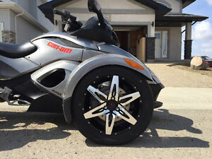 Can Am Spyder Motorcycle - only available until August!!!!