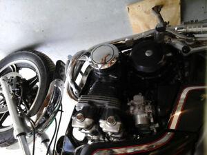 Moto Honda nighthawk 750 1982