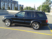 2002 Infiniti QX4 SUV, Crossover,ONLY 150000 KMS
