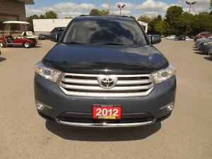 2012 Toyota Highlander Sport 4WD Peterborough Peterborough Area image 9