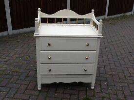 LOVELY PINE CHEST OF DRAWERS - PROJECT