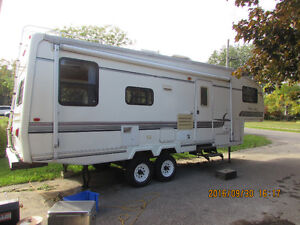 27' Golden Falcon 5th wheel, trade for boat Kawartha Lakes Peterborough Area image 2