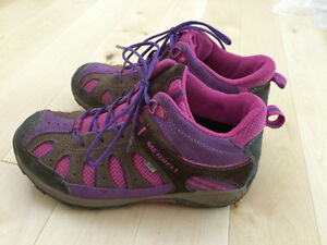 Girls Merrell shoes for fall/spring size 3.5 Kitchener / Waterloo Kitchener Area image 3