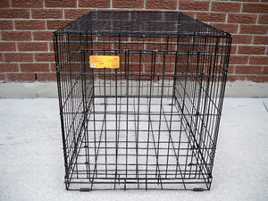DOG CRATE EXCELLENT  CONDITION  36X22X24