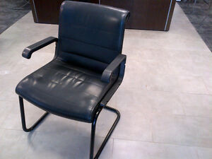 Knoll Sapper Leather Guest Chair (Used)