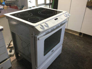 Stove for parts or to fix