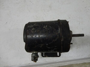 General Electric Motor 1/12HP, Single phase, 1725rpm, 110Volt