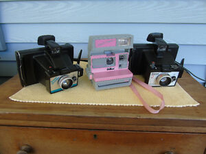 3 vintage camera's, 2 POLAROID'S AND A COOL CAM