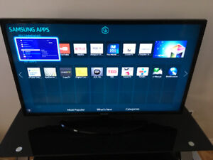 40 inch smart tv/w remote & 32gb iPad Air 2