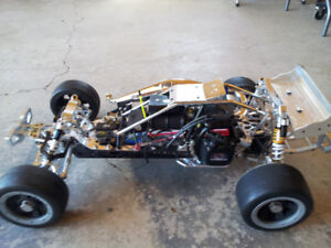 New built 1/5th Scale Baja 5B RC Buggie.