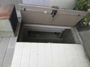 Basement for rent for commercial use in Hamilton