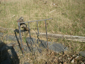 Small Sections Retro Wrought Iron Railings for Refinishing London Ontario image 2