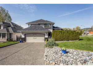 Beautiful Up 2 level home for rent in Abbotsford