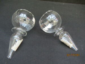 FLOATING GLASS HOLDERS - New!