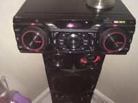LG xboom 2000watt stereo with bluetooth