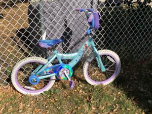 Girl's bicycle - Disney's Frozen